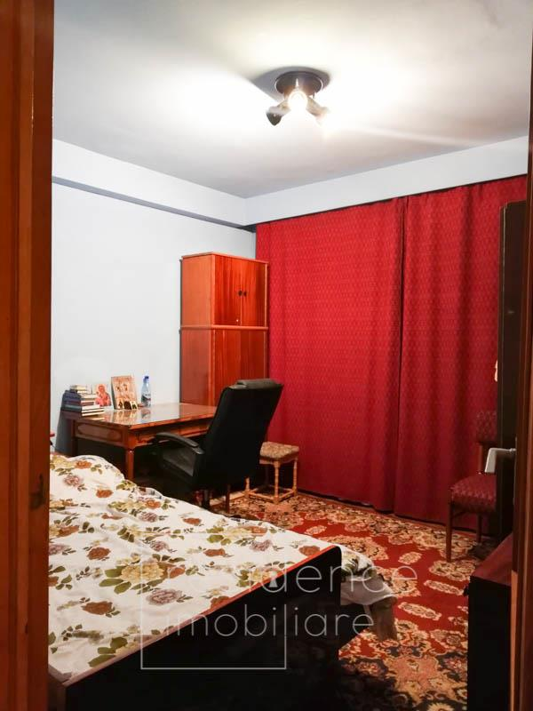 Apartament 3 camere decomandate in Manastur + Parcare