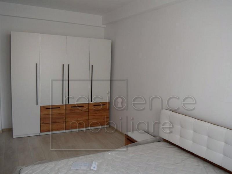 Renovat! Apartament 2 camere la cheie, Centru, Strada Horea