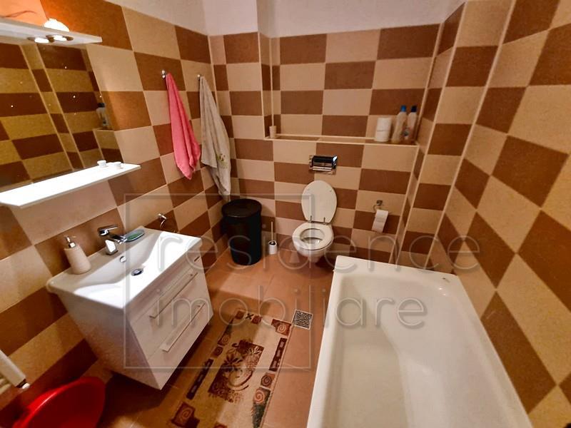 Terasa! Apartament 3 camere, ManasturFloresti, zona VIVO+Parcare