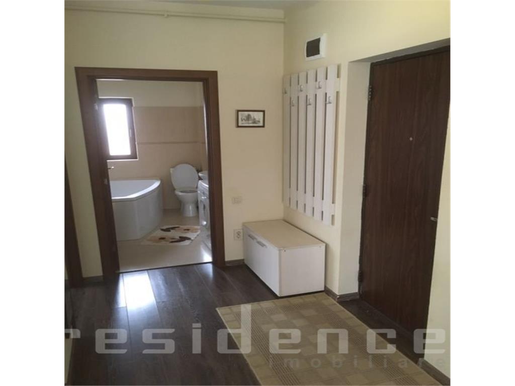 Parcare! Apartament 2 camere,Manastur,strada Campului