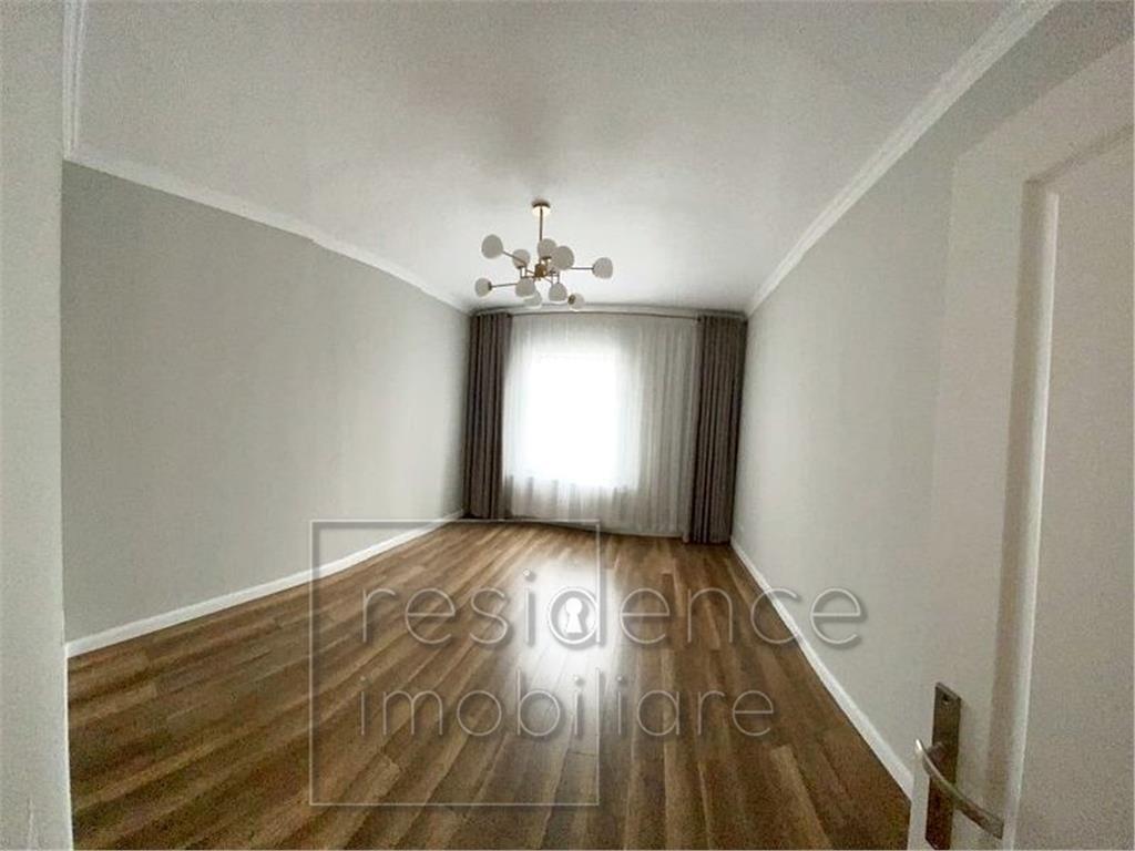 Renovat! Apartament 2 camere nemobilate, Centru, zona McDonald's
