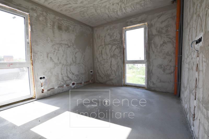 Duplex 5 camere, 191 mp in Europa, Curte Proprie 220 mp, 2 Parcari