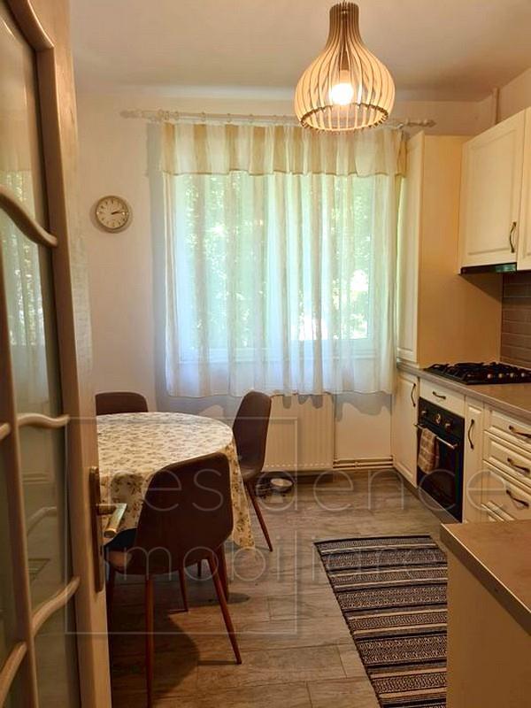 Apartament modern 2 camere decomandate, Plopilor, zona Sala Sporturilor+Garaj