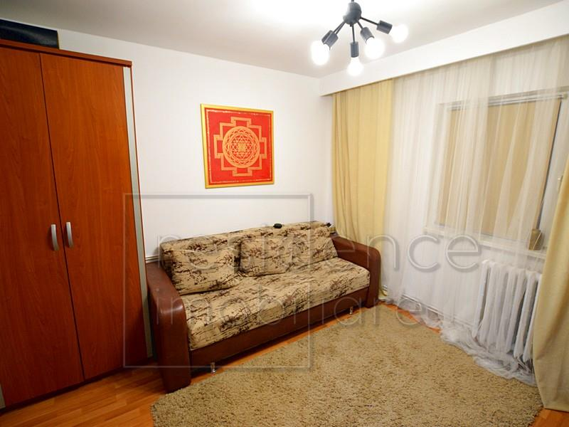 Apartament 2 camere decomandate, Intre Lacuri, zona Iulius Mall+Parcare