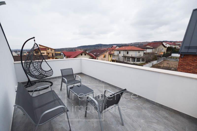 La Cheie! Duplex Lux 5 camere, 191 mp in Europa, Curte 220 mp, 2 Parcari