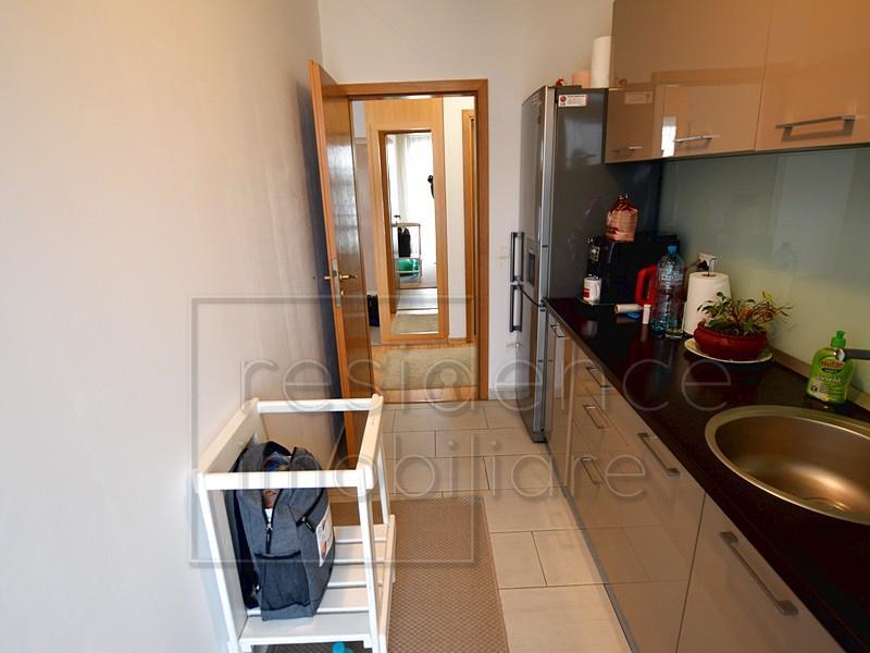 Garaj! Apartament modern cu 2 camere, Manastur, zona Piata Flora