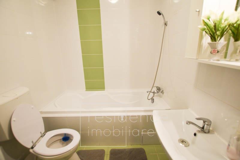 Parcare! Apartament decomandat, 2 camere in Buna Ziua, zona Lukoil